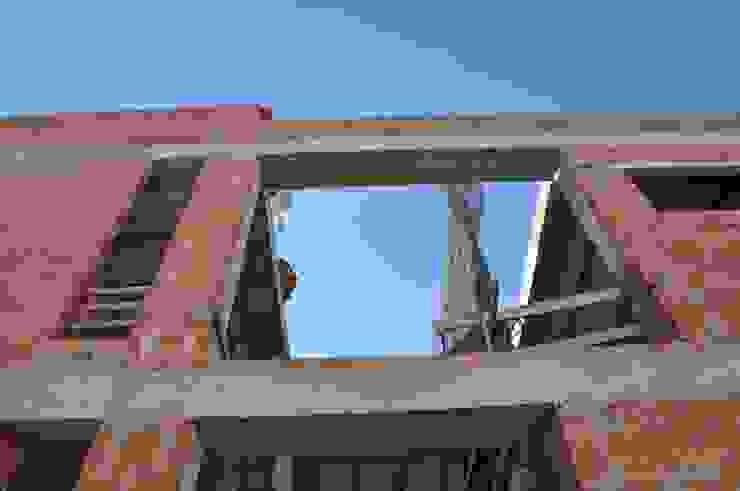 Tường & sàn phong cách hiện đại bởi FRAMASA CONSTRUCTORA DEL NOROESTE SLU Hiện đại gốm sứ