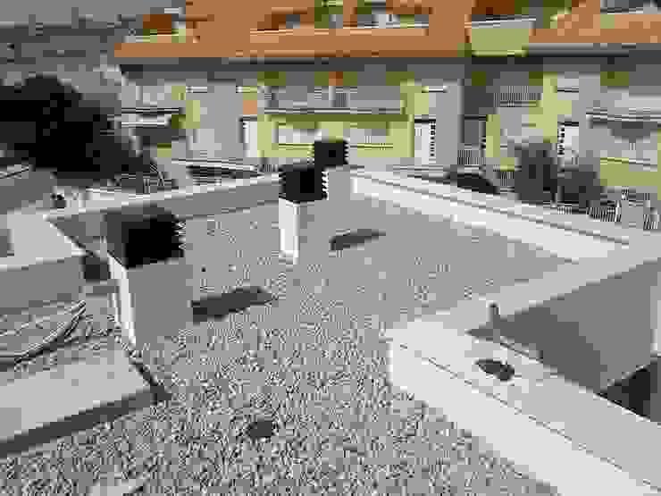 Varandas, alpendres e terraços modernos por FRAMASA CONSTRUCTORA DEL NOROESTE SLU Moderno