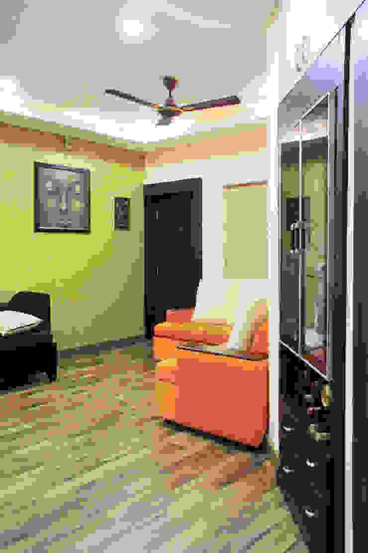 THIRUVANMAYUR BEACH HOUSE.. Asian style walls & floors by Ashpra Interiors Asian Engineered Wood Transparent