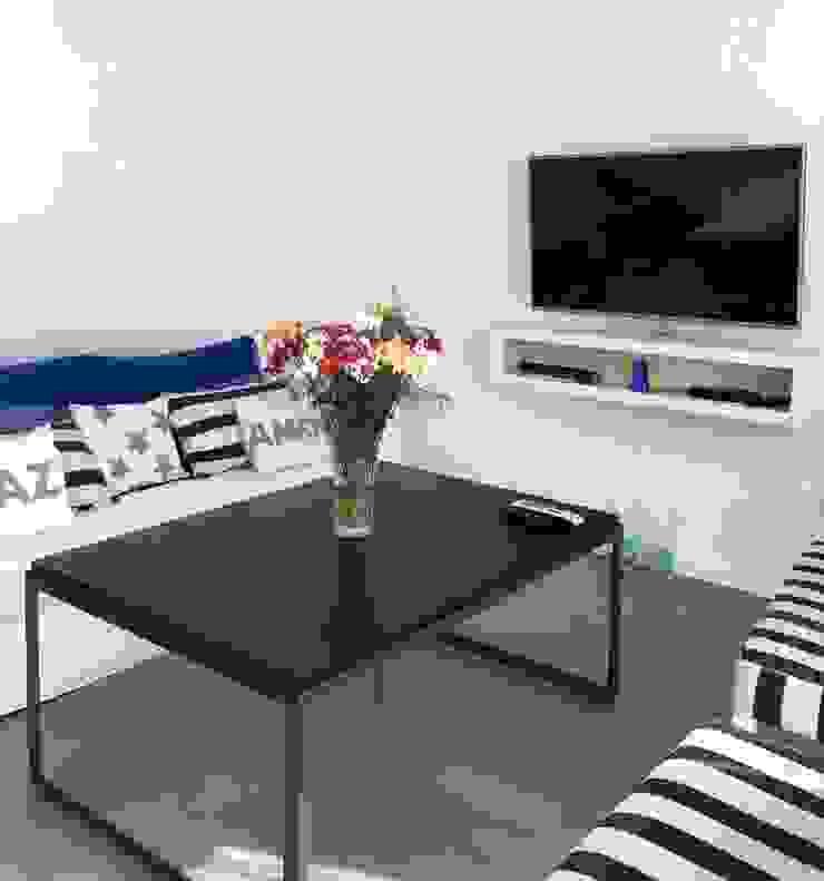 VETA & DISEÑO 现代客厅設計點子、靈感 & 圖片 實木 White