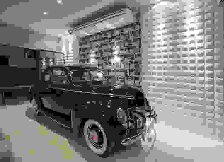 Garajes de estilo moderno de Carolina Mota - Arquitetura, Interiores e Iluminação Moderno
