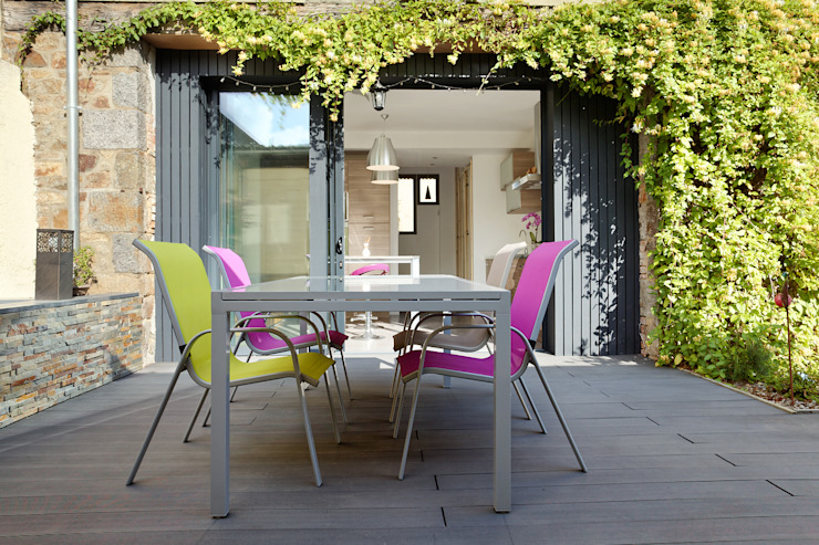 Terrasse extérieure Balcon, Veranda & Terrasse modernes par O2 Concept Architecture Moderne Bois composite