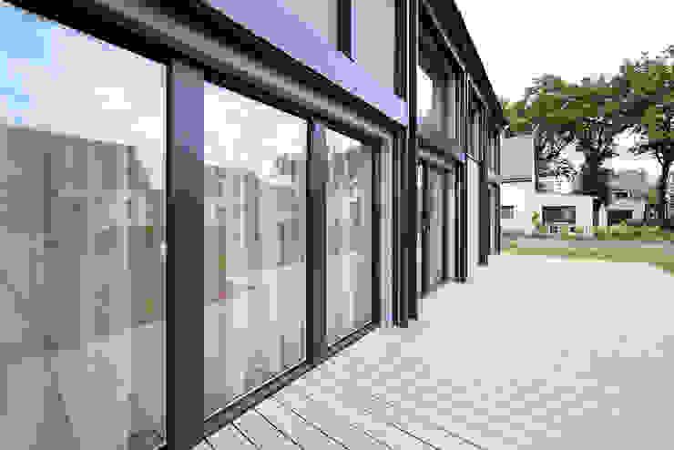 di O2 Concept Architecture Moderno Metallo