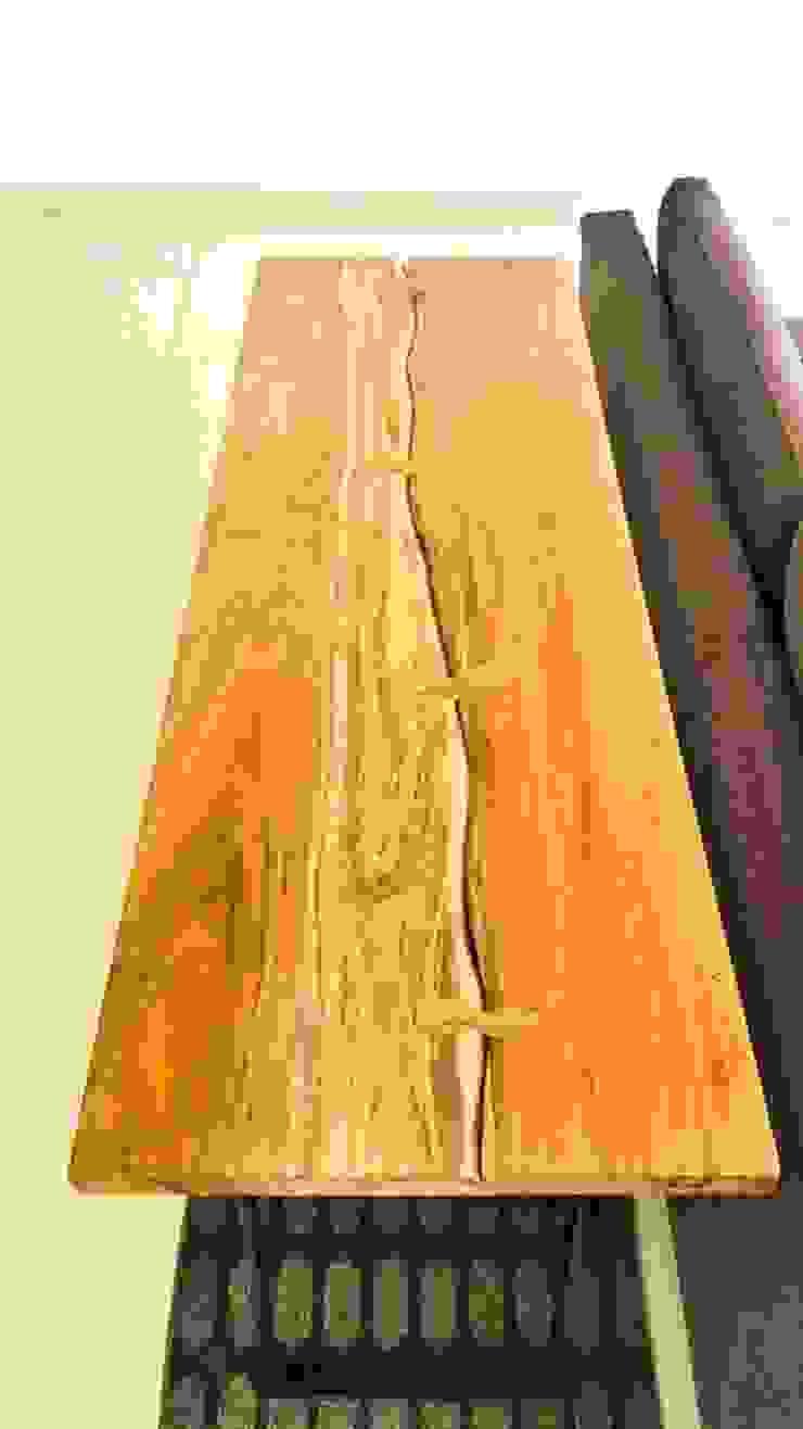 Credenza en Tzalam (Caribbean Walnut):  de estilo tropical por Natureflow®, Tropical Madera Acabado en madera