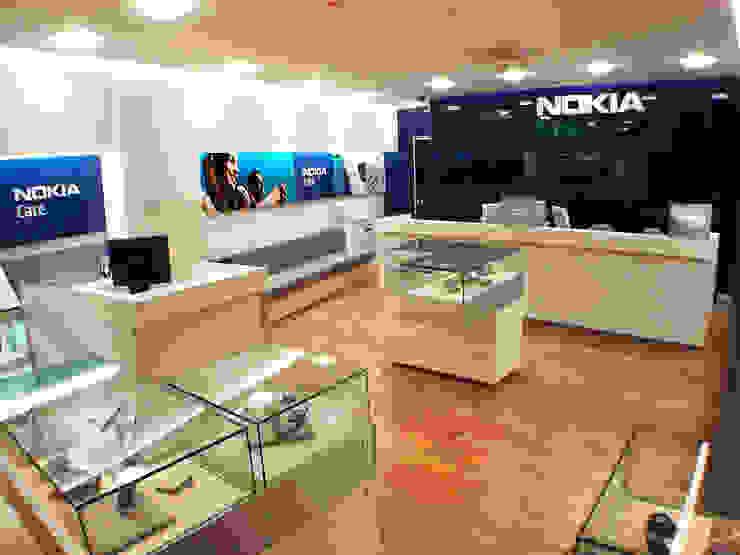 Nokia Care - RIMA Arquitectura Cocinas modernas de RIMA Arquitectura Moderno