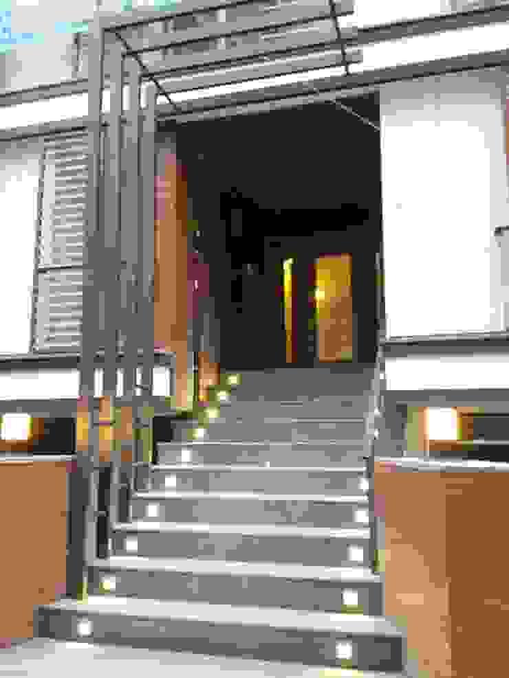 Proje Tasarım ve Kontrolörlük Modern Evler CANSEL BOZKURT interior architect Modern Ahşap-Plastik Kompozit