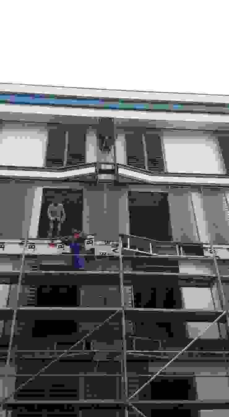 AVCILAR / İSTANBUL / KENTSEL DÖNÜŞÜM KAPSAMINDA 18 DAİRELİK KONUT PROJESİ Modern Evler CANSEL BOZKURT interior architect Modern