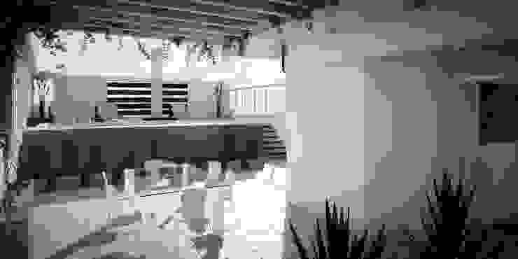 Hiên, sân thượng phong cách hiện đại bởi Arcadia Arquitectura Hiện đại