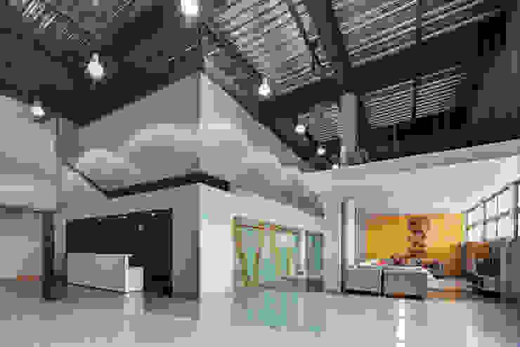 根據 RIMA Arquitectura 現代風