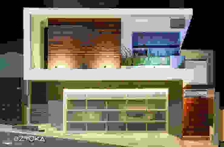 Fachada Principal Casas modernas de SZTUKA Laboratorio Creativo de Arquitectura Moderno Madera Acabado en madera