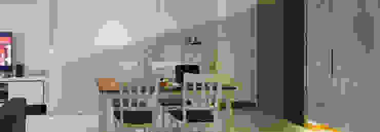 BTO @ Punggolin Hotel Style: modern  by Designer House,Modern