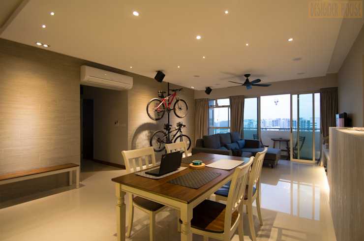 BTO @ Punggolin Hotel Style:  Dining room by Designer House,