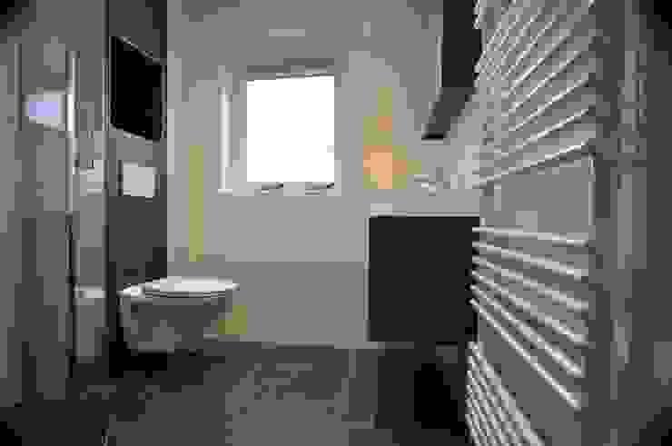 AGZ badkamers en sanitair BathroomBathtubs & showers Tiles Black