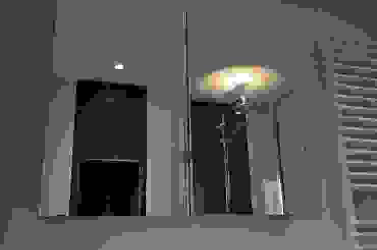 modern  by AGZ badkamers en sanitair, Modern Glass