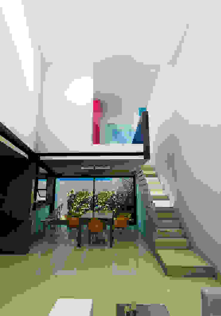 CASA RESIDENCIAL EL CIELO Casas minimalistas de Flores Rojas Arquitectura Minimalista