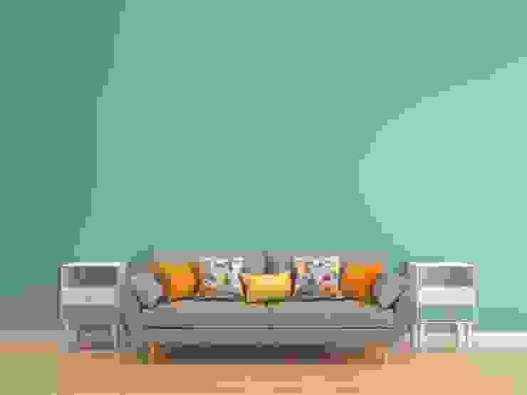 التخلص اولا من اثاث منزلي يعوق توفير المساحة الكافية داخل المنزل الصغير: استعماري  تنفيذ House Market for Decor & furniture , إستعماري