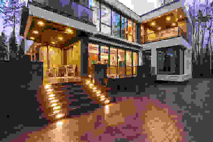 Частный жилой дом в современном стиле:  в . Автор – Дмитрий Кругляк,