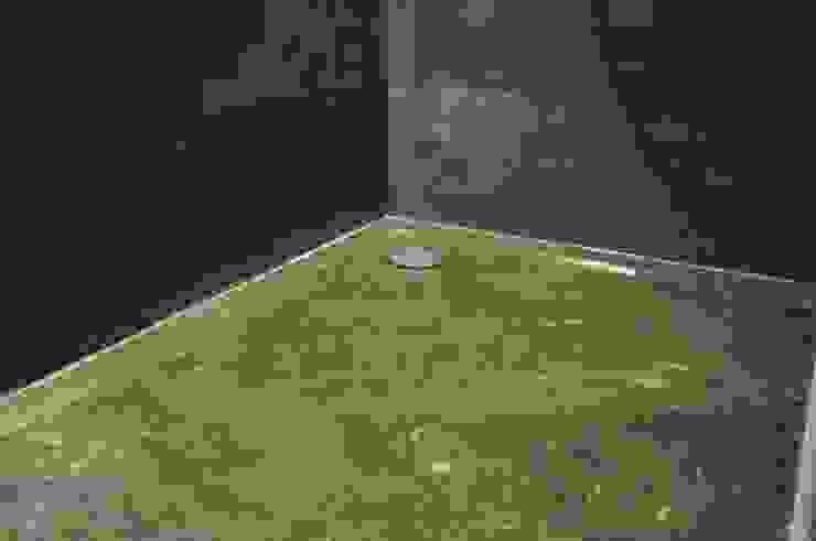 natuursten douchebak van AGZ badkamers en sanitair Koloniaal Aardewerk