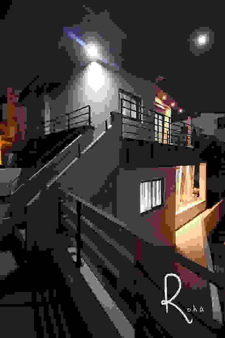 Minimalistische huizen van 로하디자인 Minimalistisch