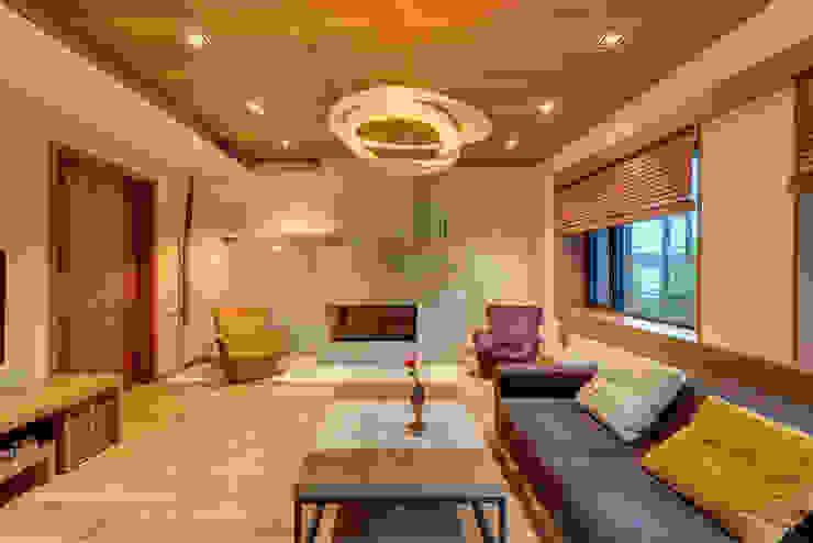 Living room by Дмитрий Кругляк, Modern