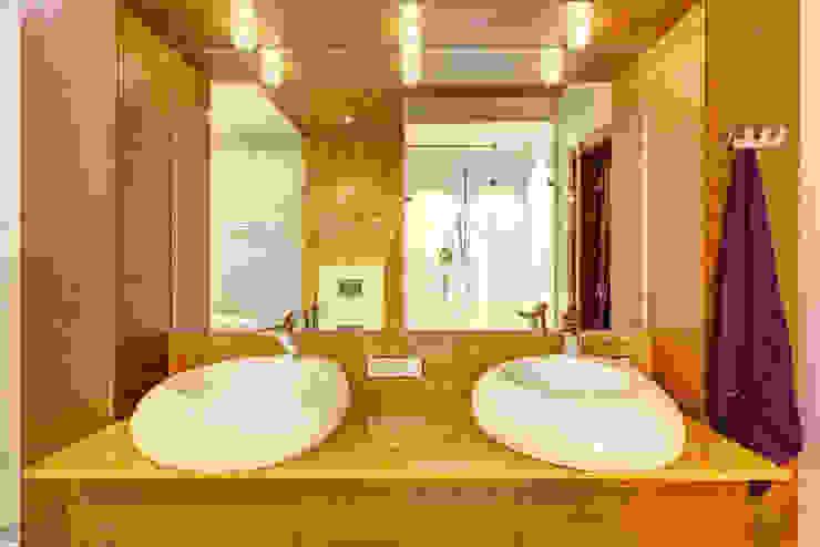 Bathroom by Дмитрий Кругляк, Modern