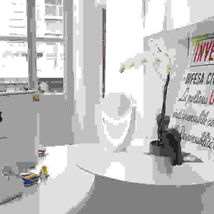 minimalist  by Alessandra Scarfò Design, Minimalist