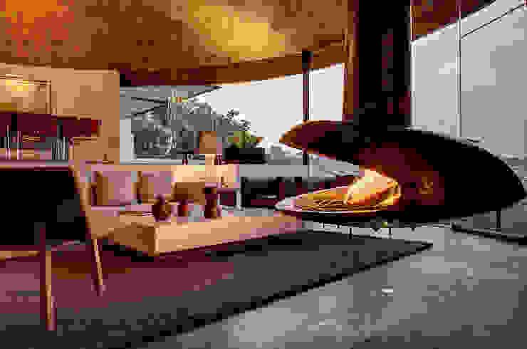 by RIMA Arquitectura Modern Concrete