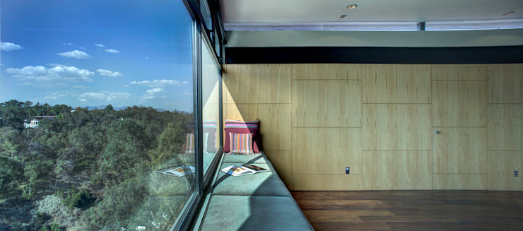 Modern style balcony, porch & terrace by RIMA Arquitectura Modern Glass