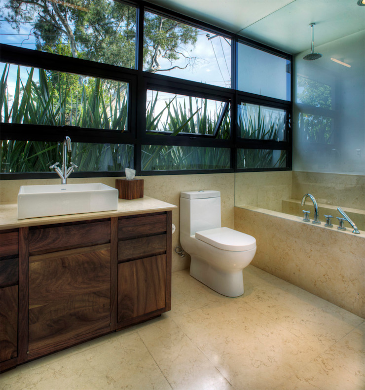 Modern style bathrooms by RIMA Arquitectura Modern Concrete