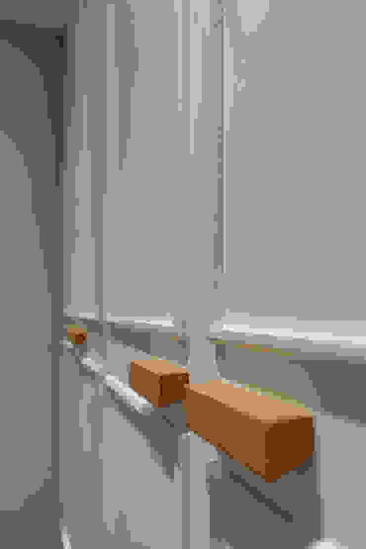 arctitudesign Minimalist dressing room