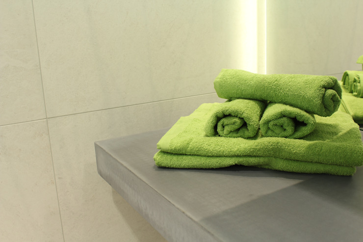 Will GmbH Modern bathroom Concrete