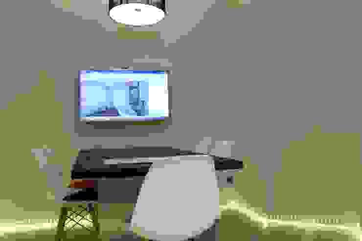 Will GmbH Study/office