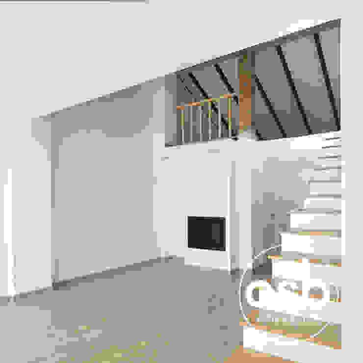 Salas de estar mediterrânicas por osb arquitectos Mediterrânico Madeira Acabamento em madeira