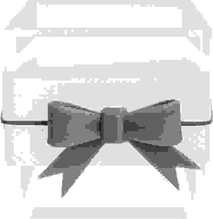 SMALL MULTI-USE BOX WITH RIBBON WHITE por Manuela Bento Decor Moderno Plástico