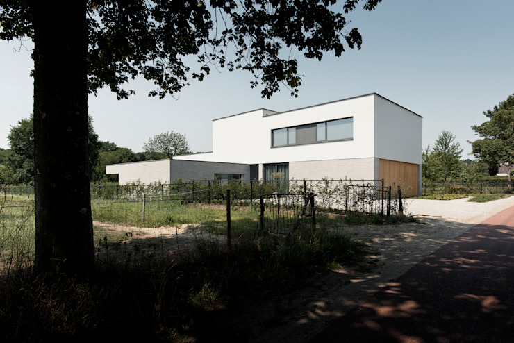 Villa RV :   door Dreessen Willemse Architecten,