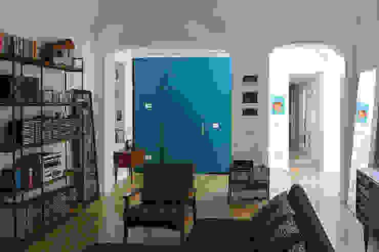 Appartamento TR soggiorno studiovert Soggiorno moderno Legno Blu