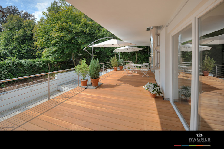 Balcon, Veranda & Terrasse modernes par Wagner Möbel Manufaktur Moderne