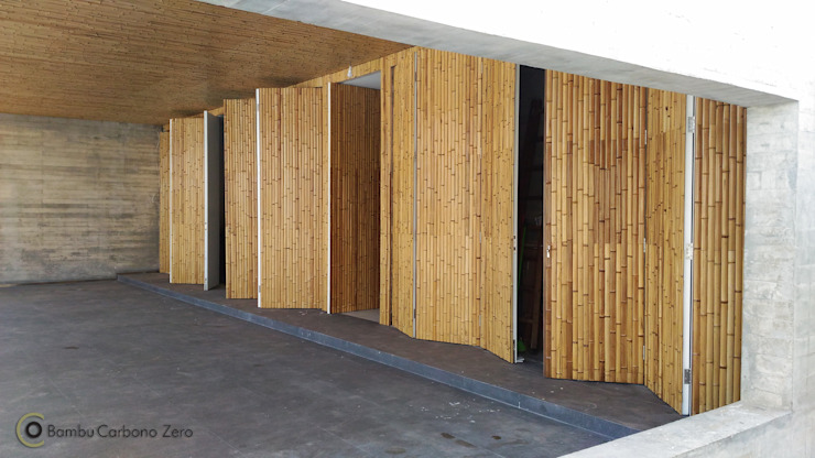 Nhà để xe/nhà kho phong cách hiện đại bởi BAMBU CARBONO ZERO Hiện đại Tre Green