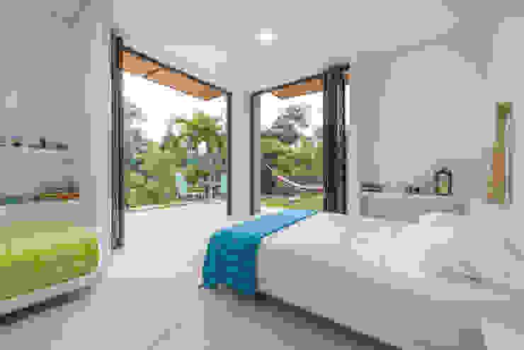 Casa Loma Dormitorios de estilo minimalista de homify Minimalista