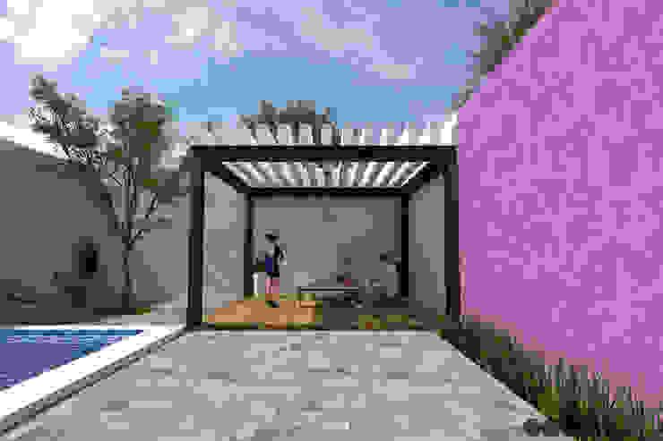 Proyecto Area de reuniones Jardines modernos de MOMENTO Arquitectura Moderno