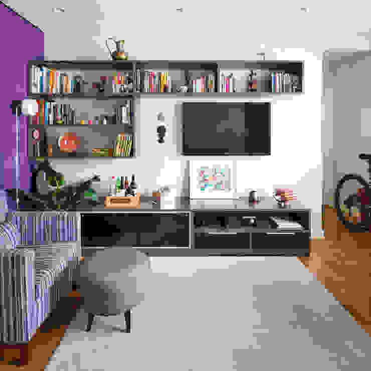 Livings de estilo moderno de Alvorada Arquitetos Moderno
