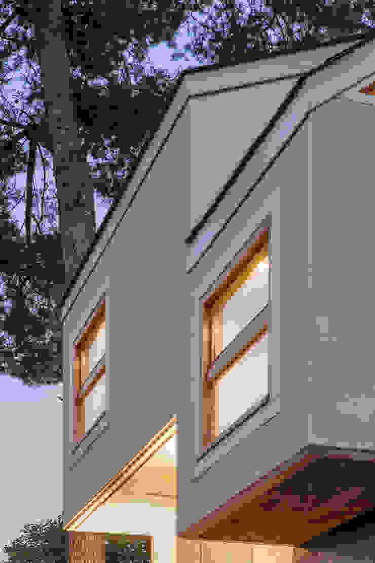 Casa Palau | Joaquin Antón & Javier Luri – wearenear Simon Garcia | arqfoto Casas de estilo moderno