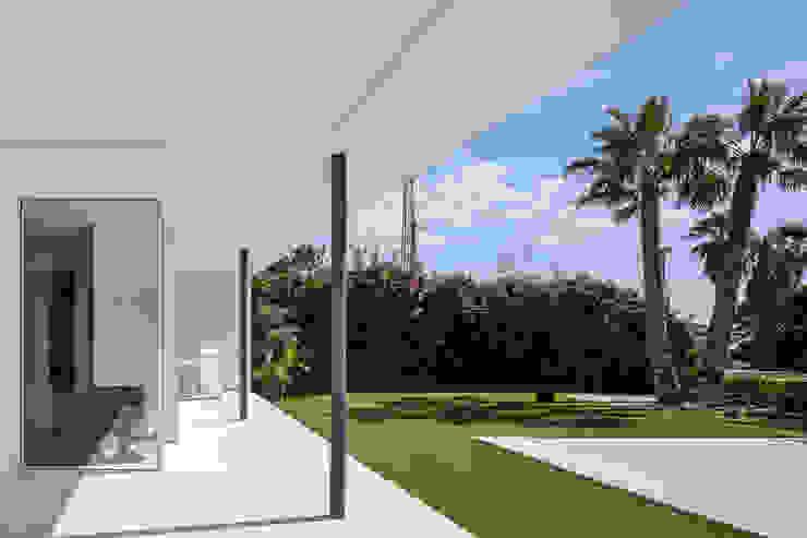 Projekty,  Ogród zaprojektowane przez Simon Garcia | arqfoto, Nowoczesny
