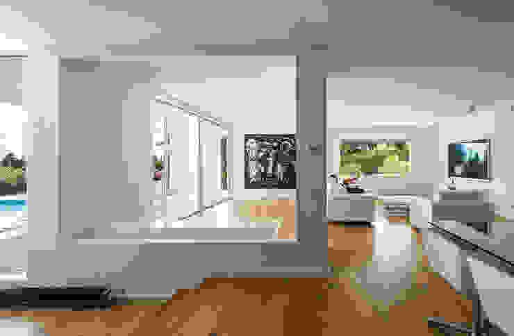 Projekty,  Salon zaprojektowane przez Simon Garcia | arqfoto, Nowoczesny
