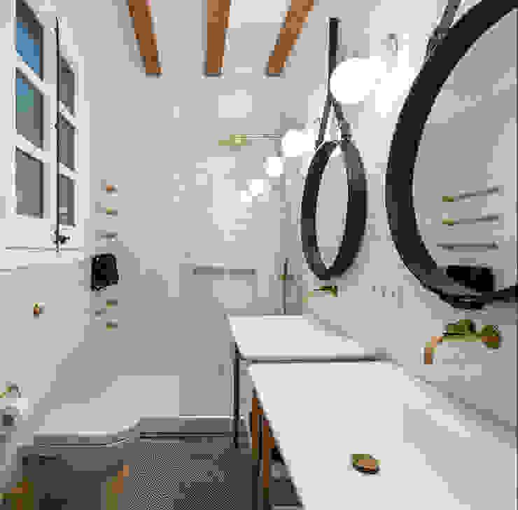 Piso Barrio Gótico | AAGF arquitectura Simon Garcia | arqfoto Baños de estilo moderno