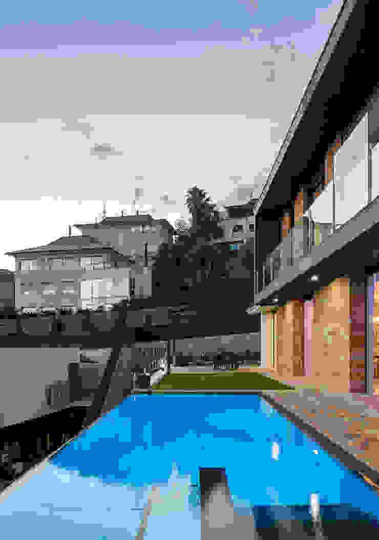Casa E | 08023 architects Simon Garcia | arqfoto Piscinas de estilo moderno