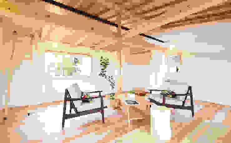 合同会社negla設計室 Scandinavian style media room Wood Wood effect