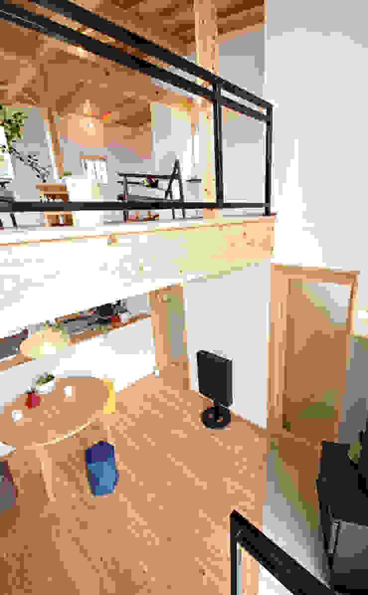 合同会社negla設計室 Scandinavian style living room Wood Wood effect