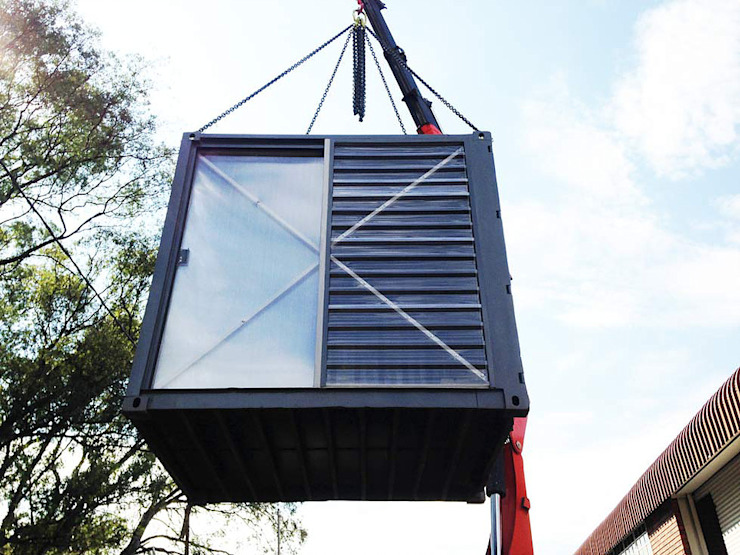 Lifting container by A4AC Architects Modern Metal