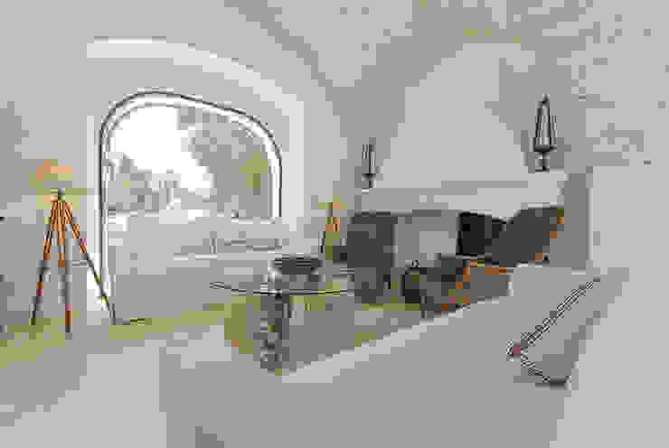 Ruang Keluarga Gaya Mediteran Oleh STUDIOTALENT srl Mediteran